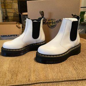Dr. Martens Shoes - Dr. Marten quad Chelsea boot
